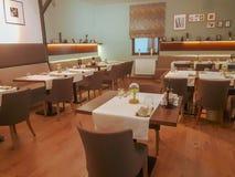 Винтажный интерьер бар-ресторана стиля стоковое фото rf