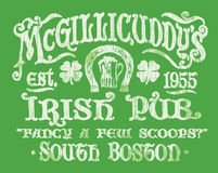 Винтажный ирландский график футболки знака паба Стоковая Фотография RF