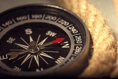 Винтажный компас стоковое фото