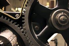 Винтажный комплект собрания колес шестерней cogs Механизм разделяет взгляд макроса Различные зубы cogwheels формируют объекты с т Стоковое Изображение