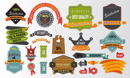 Винтажный комплект вектора ярлыков, знамен, бирок, стикеров, элементов значков бесплатная иллюстрация