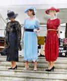 Винтажный модный парад, платья женщин Стоковое Изображение