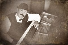 Винтажный пианист Стоковые Изображения RF