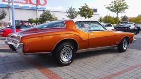 Винтажный роскошный автомобиль, Buick Riviera стоковые изображения rf