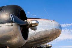 Винтажный самолет - близкое поднимающее вверх Стоковое Изображение