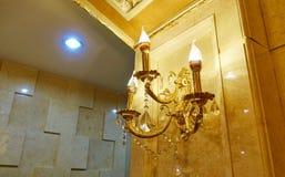 Винтажный свет стены стоковое изображение