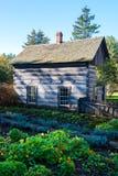 Винтажный сельский дом бревенчатой хижины, ферма Стоковое Фото