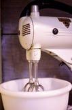 Винтажный солнечный луч стоя электрический смеситель кухни Стоковые Изображения