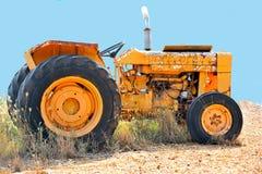 Винтажный трактор фермы Стоковые Изображения