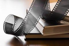 Винтажный фильм (отрицательный) на альбомах Стоковое Изображение