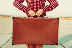 Винтажный чемодан, экземпляр-космос стоковые фото