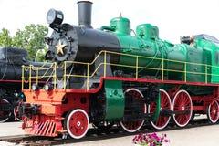 Винтажный черный поезд локомотива пара старый стоковое изображение