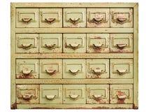 Винтажный шкаф при ящики опиловки металла изолированные на белизне стоковые изображения