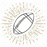 Винтажный ярлык, рука нарисованный футбол, эскиз футбольного мяча, grunge текстурировал ретро значок, печать футболки дизайна офо Стоковое Изображение RF