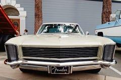 Винтажный Buick Riviera стоковая фотография rf