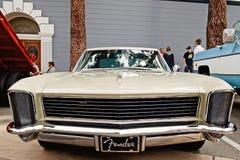 Винтажный Buick Riviera стоковое фото rf
