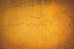Винтажным предпосылка стены гипсолита покрашенная желтым цветом Стоковое Изображение