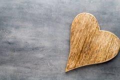 2 винтажных сердца на серой предпосылке металла Стоковая Фотография