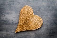 2 винтажных сердца на серой предпосылке металла Стоковая Фотография RF