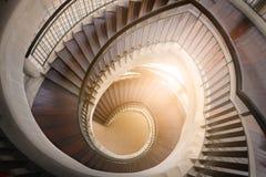 винтовая лестница деревянная Круговая лестница Стоковые Фото