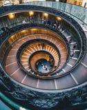 Винтовая лестница в музеях Ватикана Стоковые Фото