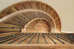 винтовая лестница конструкции домашняя новая Стоковое Изображение