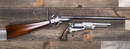 Винтовка и пистолеты эры гражданской войны Стоковое Изображение RF