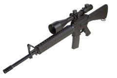 Винтовка M16 с телескопичным визированием Стоковая Фотография RF