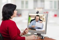 Виртуальное назначение с врачем телемедицины стоковые фотографии rf