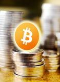 Виртуальное cryptocurrency Bitcoin денег - Bitcoins принятое здесь Стоковая Фотография RF