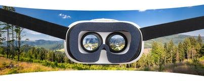 Виртуальные концепции шлемофона изумлённых взглядов стекел vr стоковые фото