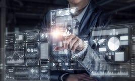 Виртуальные tehnologies в пользе Мультимедиа Стоковые Изображения RF
