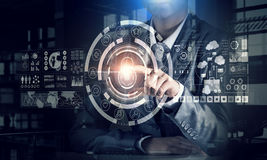 Виртуальные tehnologies в пользе Мультимедиа Стоковые Изображения