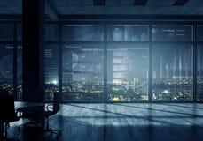 Виртуальный интерфейс в офисе Мультимедиа стоковое фото rf