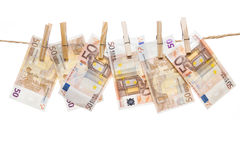 Висеть 50 примечаний евро Стоковые Фото