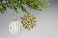 висеть украшения рождества Стоковое Изображение
