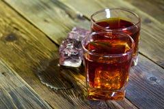 2 виски и лед Стоковые Фотографии RF