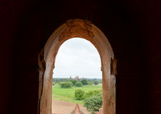 Виски и пагоды в равнинах Bagan, Мьянма Стоковое Изображение