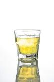Виски при лед изолированный на белизне Стоковые Фото