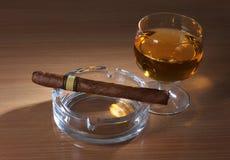 виски сигары Стоковая Фотография RF