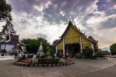 Висок в Chiang Mai, Таиланде стоковые изображения rf