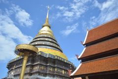Висок и пагода стиля Lanna буддийский Стоковые Фото