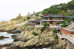 Висок Кореи Пусана Haedong Yonggungsa стоковое изображение rf