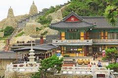 Висок Кореи Пусана Haedong Yonggungsa стоковые фото