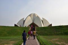 Висок лотоса, расположенный в Нью-Дели, Индия, дом поклонению Bahai построенный в 1986 Знаменитость для своей flowerlike формы Стоковое Изображение RF