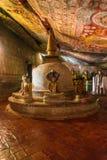 Висок пещеры - Будда - буддист - Dambulla стоковые изображения rf