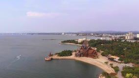 Висок правды в Паттайя, Таиланде, взгляде сверху акции видеоматериалы