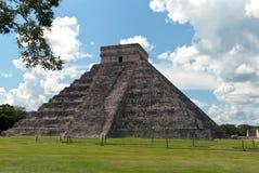 Пирамидка Kukulkan, Chichen Itza Стоковые Фото