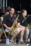 висок саксофона оркестра джаза Стоковые Фотографии RF