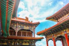 Висок стиля традиционного китайския на Wat Leng-Noei-Yi в Nonthab Стоковые Изображения RF